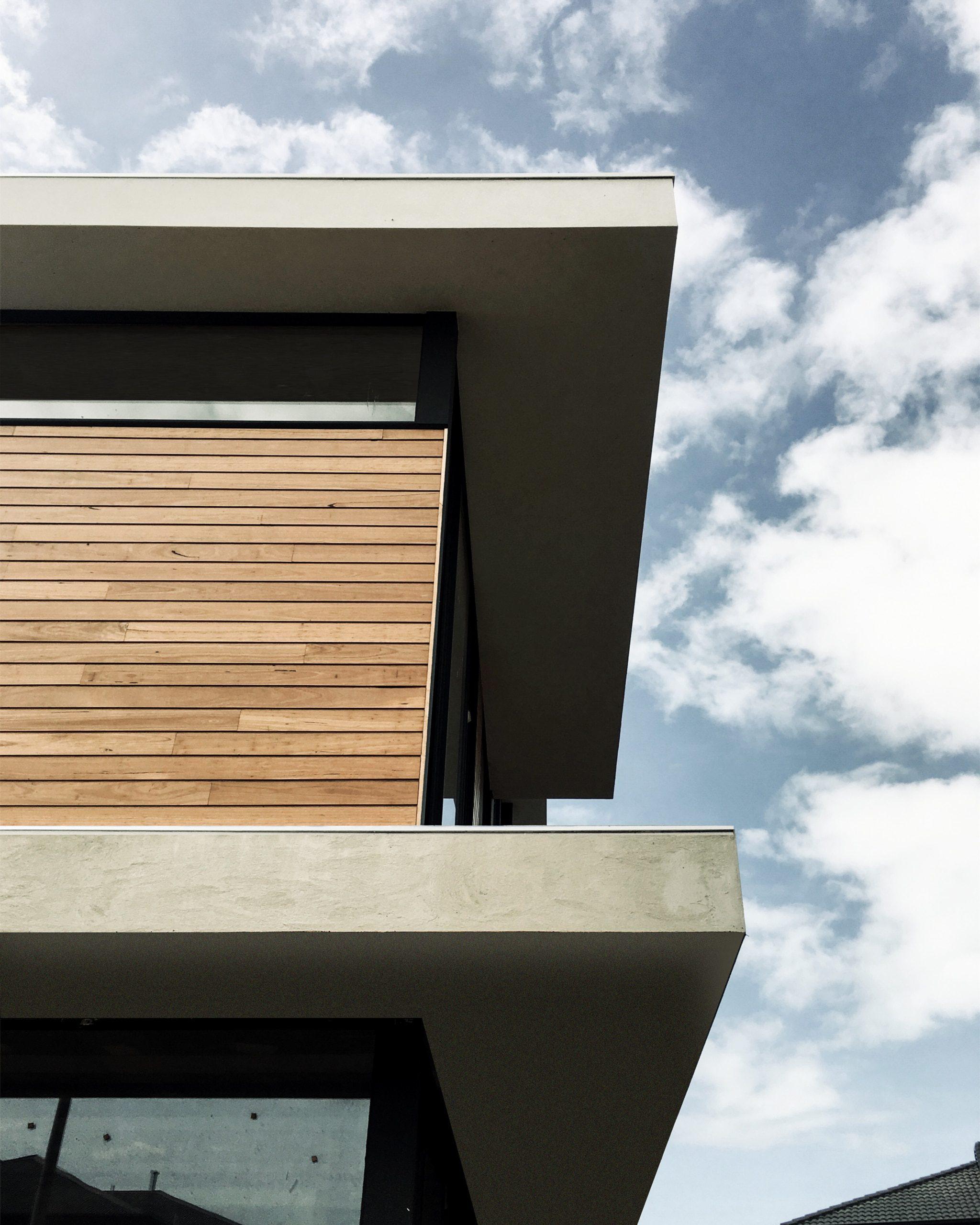 Wyndham Beach House - Modern Beach House Designed by Sky Architect Studio